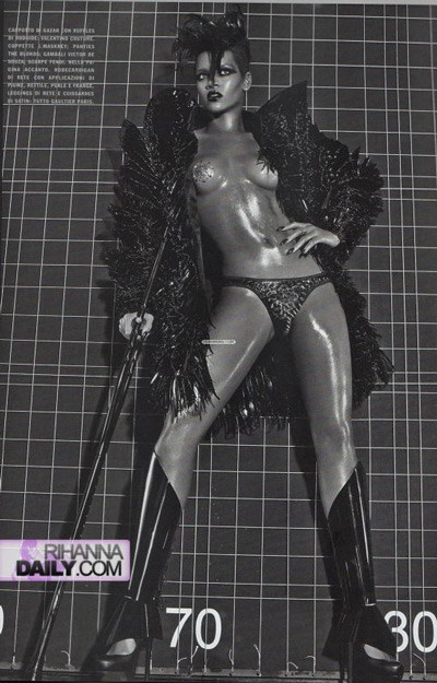 Rihanna 4   Vogue Italia Extreme Couture by steven klein