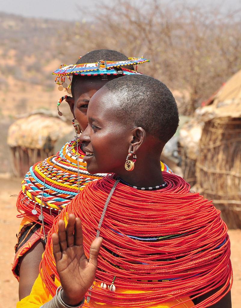 Risultati immagini per red samburu beads